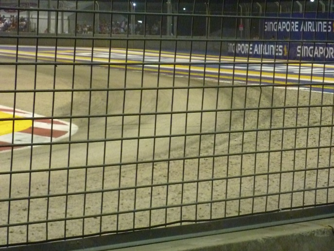 Look at how much tyre marbles are deposited at the track by the cars!